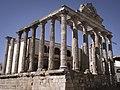 Templo de Diana foro Mérida.jpg