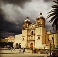 Templo de Santo Domingo cielo nublado.png