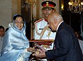 The President, Smt. Pratibha Devisingh Patil presenting the Padma Vibhushan to Justice (Dr.) Adarsh Sein Anand at Civil Investiture-II Ceremony, at Rashtrapati Bhavan, in New Delhi on May 10, 2008.jpg