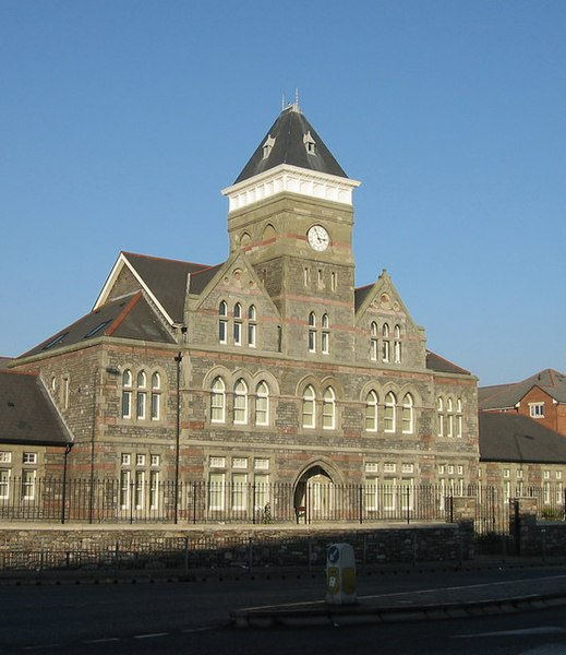 File:The old St.Davids Hospital, Cardiff.jpg