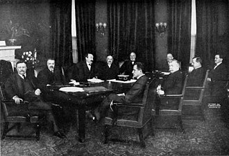 Presidency of Theodore Roosevelt - Roosevelt's cabinet on his last day in office, 1909. At far left: Roosevelt Left to right in back of table: George B. Cortelyou, Charles Joseph Bonaparte, Robert Bacon, James Wilson, Truman Handy Newberry. Left to right in front of table: Oscar S. Straus, Luke Edward Wright, George von Lengerke Meyer, James Rudolph Garfield