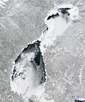 Thick Ice in the Gulf of Bothnia 2010-03-05 lrg.jpg