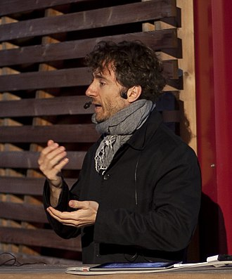 Thomas Heatherwick - Thomas Heatherwick discussing his work at Strelka Institute