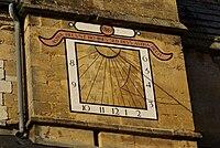 Thury Harcourt église cadran solaire.JPG