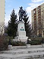 Tizes Honved Statue.jpg