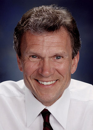 United States Senate elections, 1998 - Image: Tom Daschle, official Senate photo