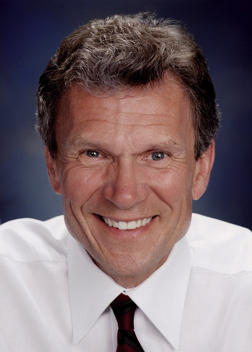 Tom Daschle, official Senate photo