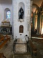 Tombeau Saint Goustan.jpg