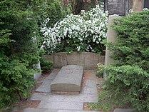 Tombstone Otto Nuschke.jpg