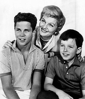 Barbara Billingsley - Tony Dow, Barbara Billingsley, and Jerry Mathers as Wally, June, and Beaver Cleaver in Leave It to Beaver, 1959.