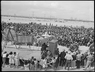 Topaz War Relocation Center - James Wakasa funeral scene.