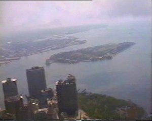 File:Torri Gemelle - WTC - New York - Sept 99.ogv