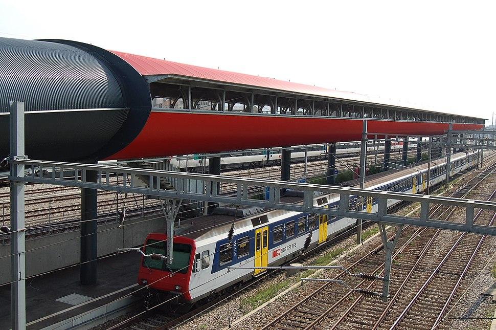 Train Station Geneva 2006 808