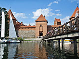 Trakai-bridge.jpg