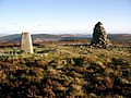 Trig point and cairn, Minch Moor - geograph.org.uk - 294783.jpg