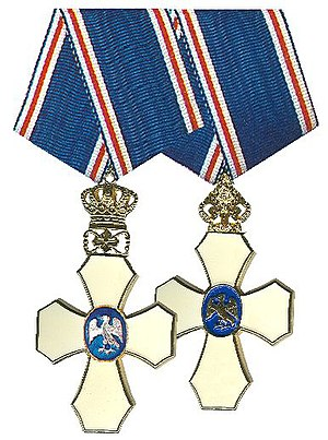 Order of the Falcon - Knight's Crosses on current suspension and older crown suspension