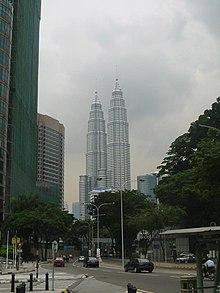 Twin towers view.jpg