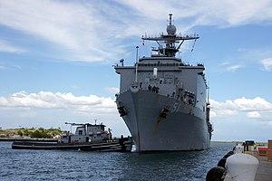 US Navy 111213-N-IQ128-009 USS Oak Hill arrives at Naval Station Guantanamo Bay, Cuba.jpg