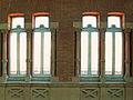 Unas ventanas elegantes en la Estacion de Atocha (Madrid).jpg