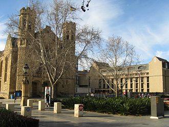 Walter Bagot (architect) - Image: Uof Adelaide Bonython Hall&Law Bld front Aug 08