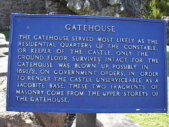 Urquhart Castle Gatehouse sign.jpg