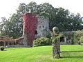 Usk Castle, Monmouthshire 05.JPG
