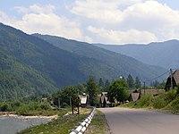 Ust-Chorna, mountains.jpg
