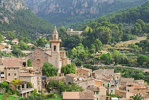 Valldemossa - Valldemossa village centre.