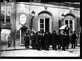 Versailles - élection présidentielle - députés rentrant dans la salle du congrès.jpg
