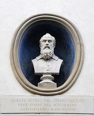 Villa Il Gioiello - Bust of Galileo.