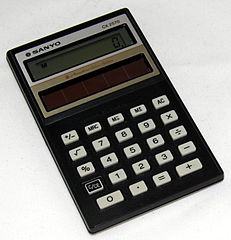 Vintage Sanyo Model CX2750 Amorphous Solar Battery Electronic Pocket Calculator, Made In Japan, Circa 1985 (16141629565).jpg
