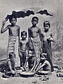 Vintage group photograph of Indian children (unknown date).jpg