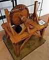 Vite senza fine che ingrana una ruota dentata di Leonardo da Vinci in una mostra su Leonardo da Vinci al Mulino di Mora Bassa - Morabassa.jpg