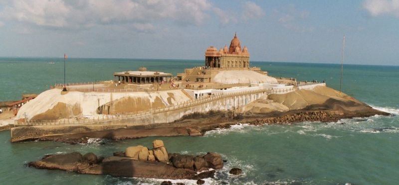 [Bild: 800px-Vivekananda_Memorial_Kanyakumari.jpg]