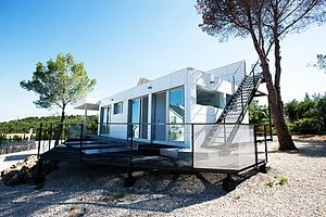 Modular building - Prefabricated house in Valencia, Spain.