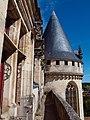 Vue depuis aile est château de la Rochefoucauld.jpg