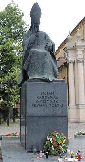 Stefan Wyszyński - Statue in Warsaw.