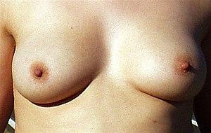 lange hængende bryster store naturlige bryster