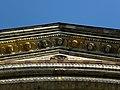 Wien-Josefstadt - Breitenfelder Pfarrkirche - Engel im Gesims I.jpg