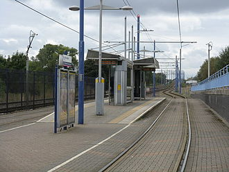 Island platform - Image: Winson Green Outer Circle tram stop in 2008