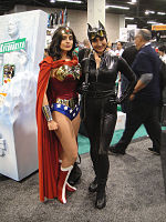 File:WonderCon 2012 - Wonder Woman and Catwoman (7019313441).jpg