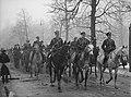 Wręczenie odznaki jeździeckiej marszałkowi Rydzowi-Śmigłemu - delegacje NAC 1-W-545-1.jpg