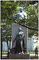 Ximenes Monument to Verrazzano in NY (1911).jpg
