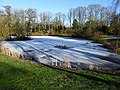 Zugefrorener See im Friedhof Aldenburg.jpg