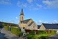 Église Saint-Brice de Saint-Brice. Vue sud-est depuis la route.jpg