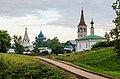 Ансамбль Суздальского кремля со стороны прохода в валах улицы Варганова.jpg