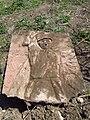 Барельєф зруйнованого пам'ятника воїнам-односельцям, загиблим в роки Великої Вітчизняної війни у Сухому Лимані.JPG