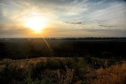 """Закат с кургана """"Могила Баба"""" - panoramio.jpg"""