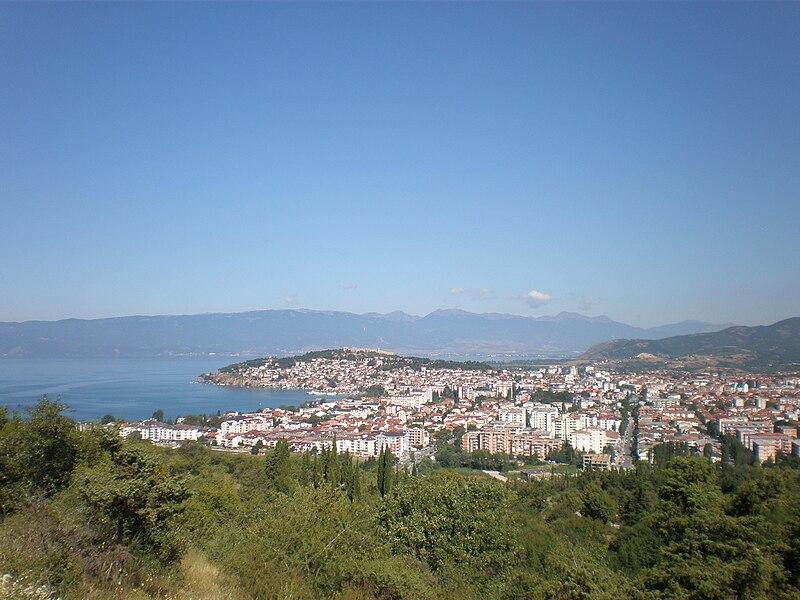 Податотека:Поглед кон Охрид од Галичица.JPG