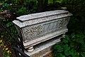 Саркофаг на Ваганьковском кладбище.jpg
